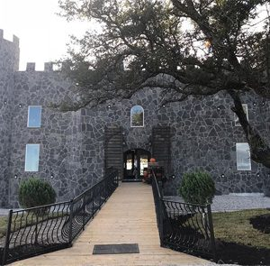 Front of 290 Wine Castle